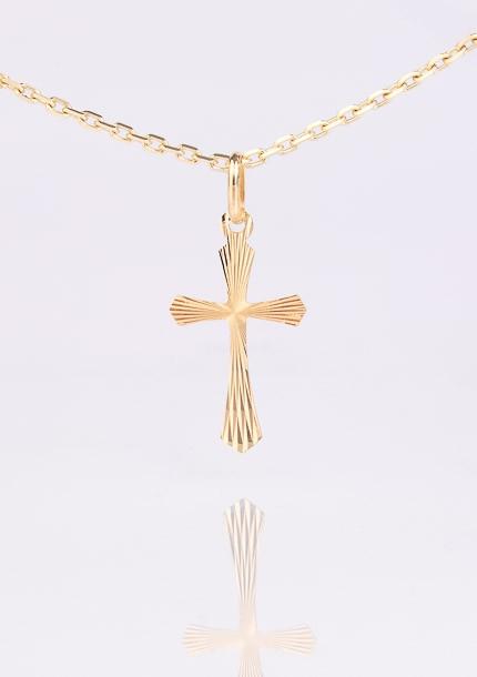 Zlatý prívesok kríž s kónicky rozšírenými ramenami